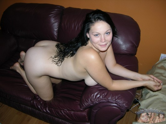 free video of girl nude