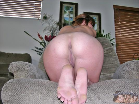 Nude Showing Feet