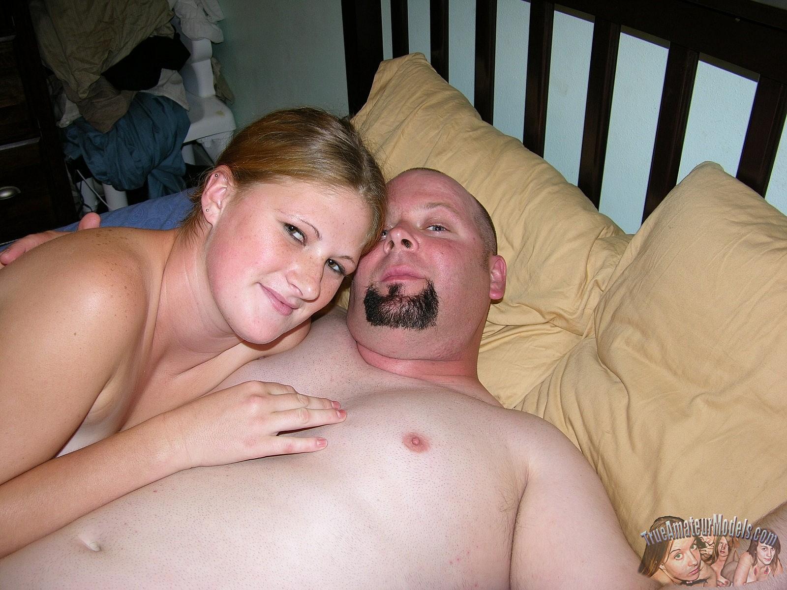 Amateur slut wife laura dp with hubbys friends 4