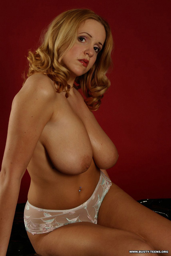 big boob nerd nude