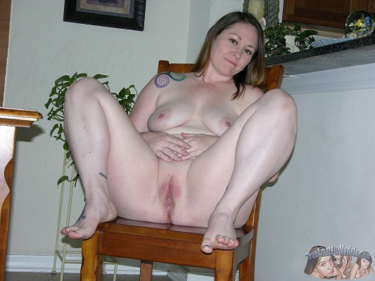 True Amateur Models presents Meredith in Chubby Amateur ...